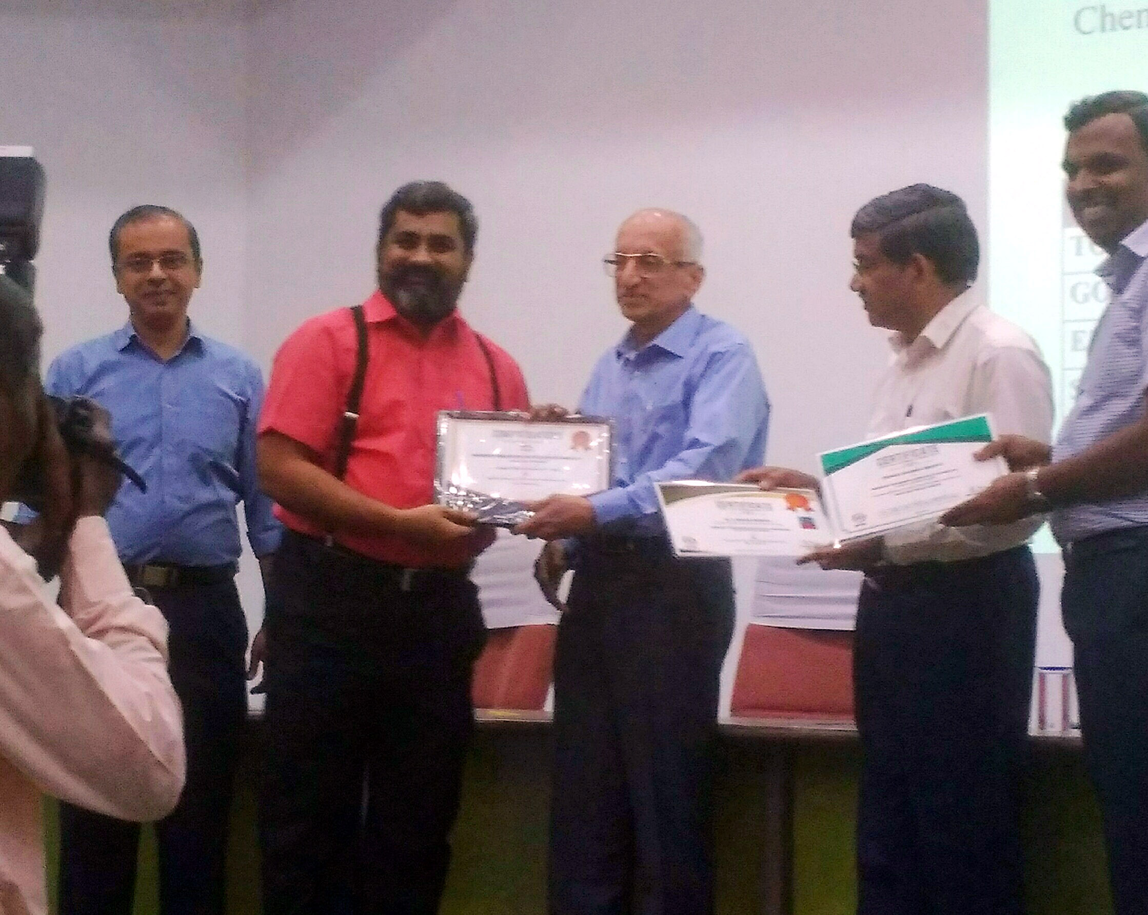 Prof.M.Y.Bhanumurthy of VVIT receiving Plaque and Certification of Appreciation from Prof. Ananth Ex Director IIT Madras